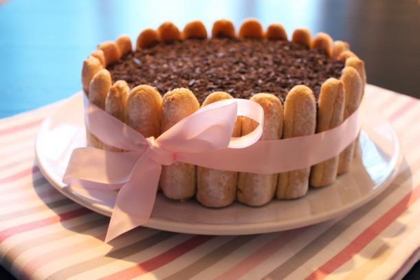 charlotte au chocolat surprises et gourmandises. Black Bedroom Furniture Sets. Home Design Ideas
